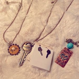 NWT 4 Piece Jewelry COMBO Necklaces Earrings